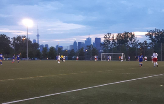 Toronto True Blues vs Vaughan Azzurri Vipers at Cherry Beach.